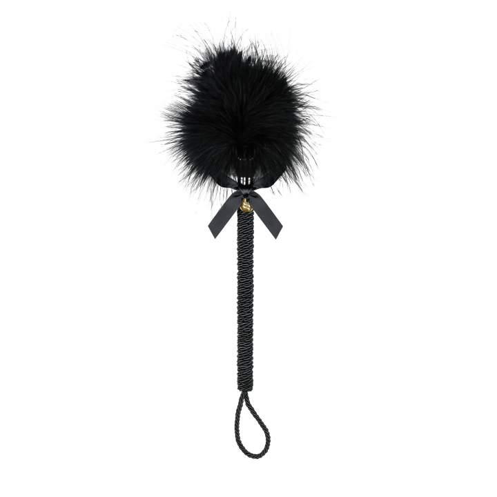 Zgrabny czarny puszek – erotyczne piórko A720 Obsessive