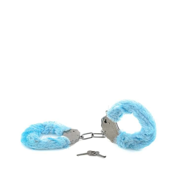 Metalowe kajdanki z błękitnym futerkiem