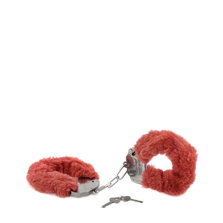 Metalowe kajdanki z czerwonym futerkiem
