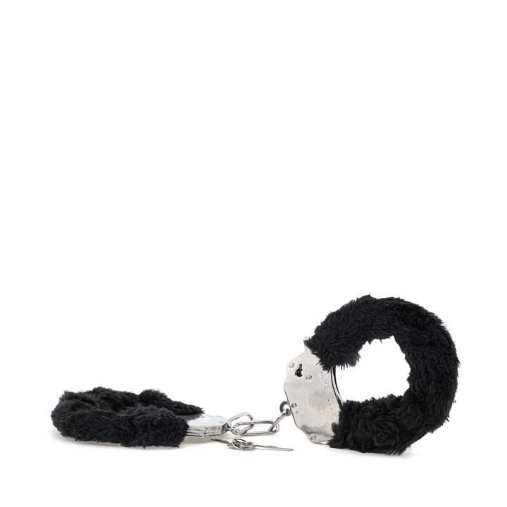 Metalowe kajdanki z czarnym futerkiem